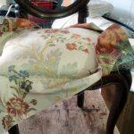 Tappezzeria sedie e sedute - imbottitura sedie sardegna