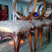 Tappezzeria sedie e sedute - urru imbottitura sedie sardegna