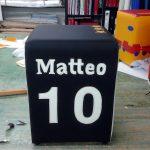 pouf personalizzato con i colori di una squadra di calcio